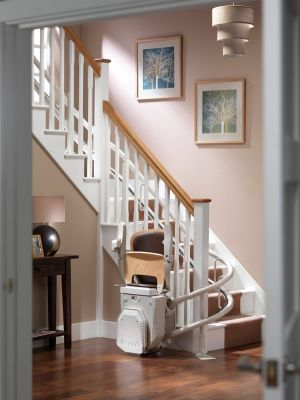 Curved stairlift Atlas 260